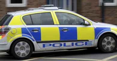 Knife point robbery on Faraday Road
