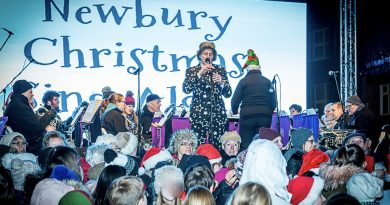 newbury Christmas Sing-Along - Credit Mark Davies Photography
