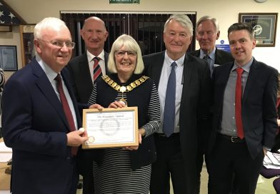 Thatcham Town Council looking out for someone amazing
